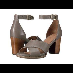 Clarks Briatta Tempo Heeled Leather Sandals